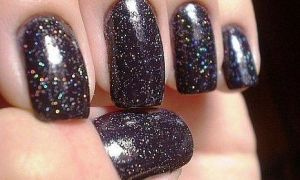 Необычная идея для бизнеса: бриллиантовый лак для ногтей